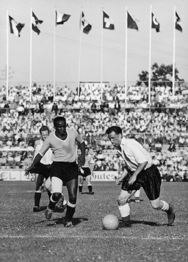 World Cup 1954 Nvictor Rodriguez Andrade Of Uruguay (Left) And Nathaniel Lofthouse Of England Face Off During The 1954 World Cup In Switzerland Poster Print by (24 x 36) 14a6dbf33de1596e87a41185fd9424aa