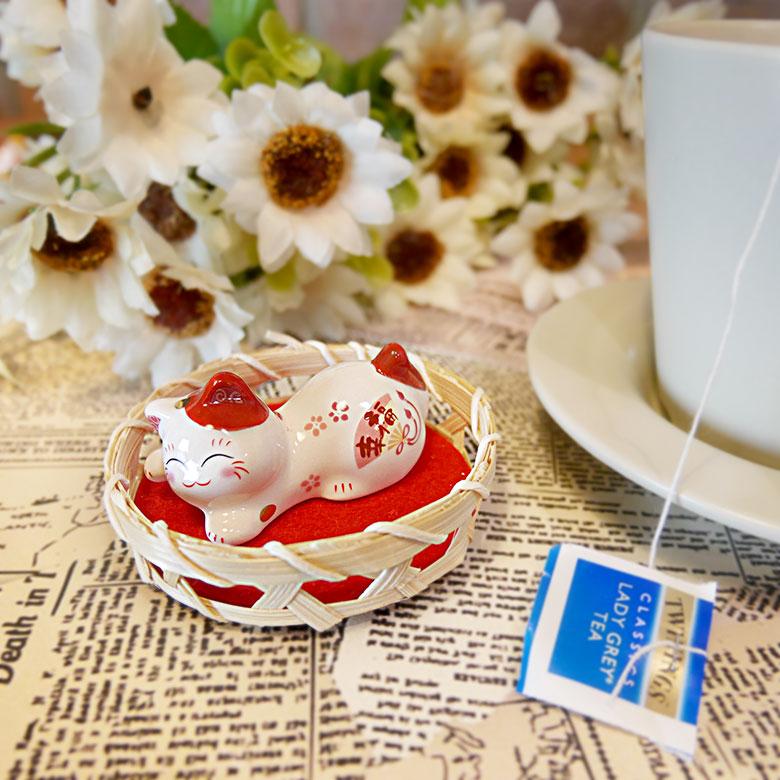 【貓粉選物】臉紅紅少女貓 療癒小物 筷架 紙鎮 紅貓 幸福