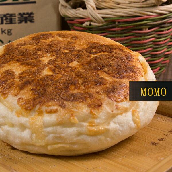 MOMO 優格 乳酪 麵包︱乳酪餡、起士粉、牛奶,蛋白、乳酪丁,新鮮實在的用料,熟練的工法,成就精緻完美的麵包。(奶素)