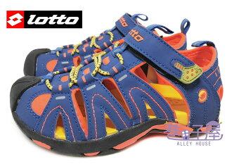 【巷子屋】義大利第一品牌-LOTTO樂得 男童五大機能護趾運動涼鞋 [2376] 藍桔 超值價$398├【1101-1130】單筆訂單滿700折100★結帳輸入序號『loveyou-beauty』┤