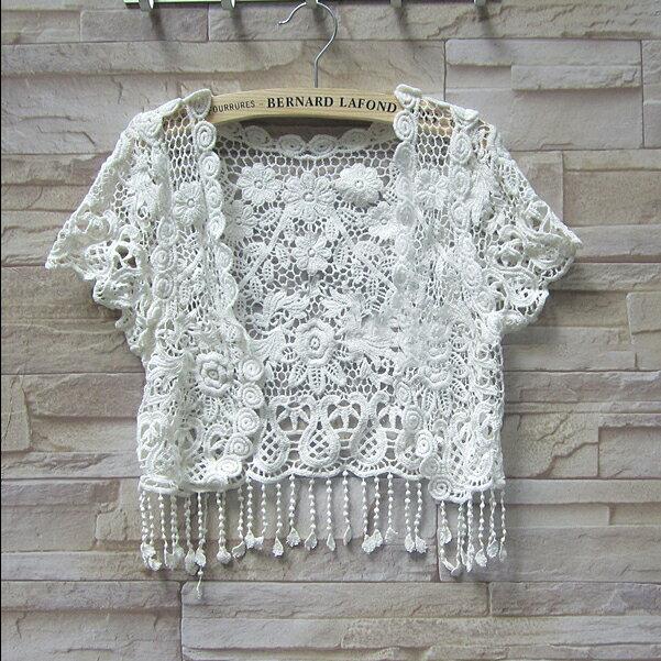 SISI【C3076】鉤花蕾絲流蘇罩衫