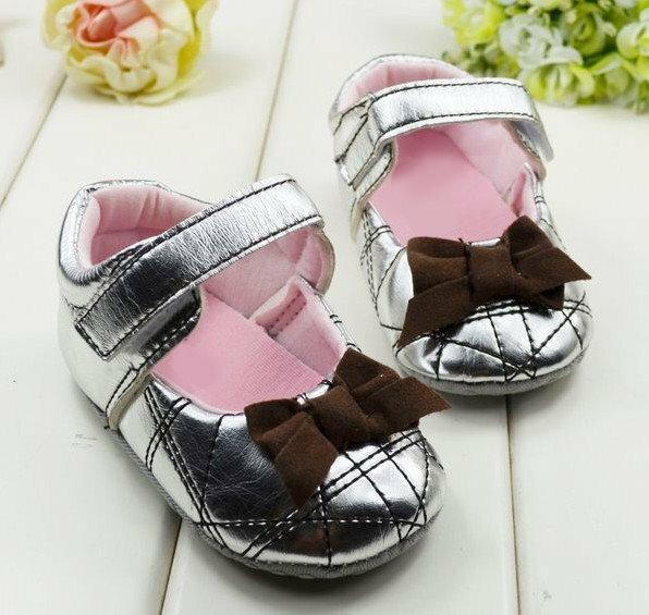 【經典公主鞋】女寶寶學步鞋軟底嬰兒花童鞋銀色格紋款