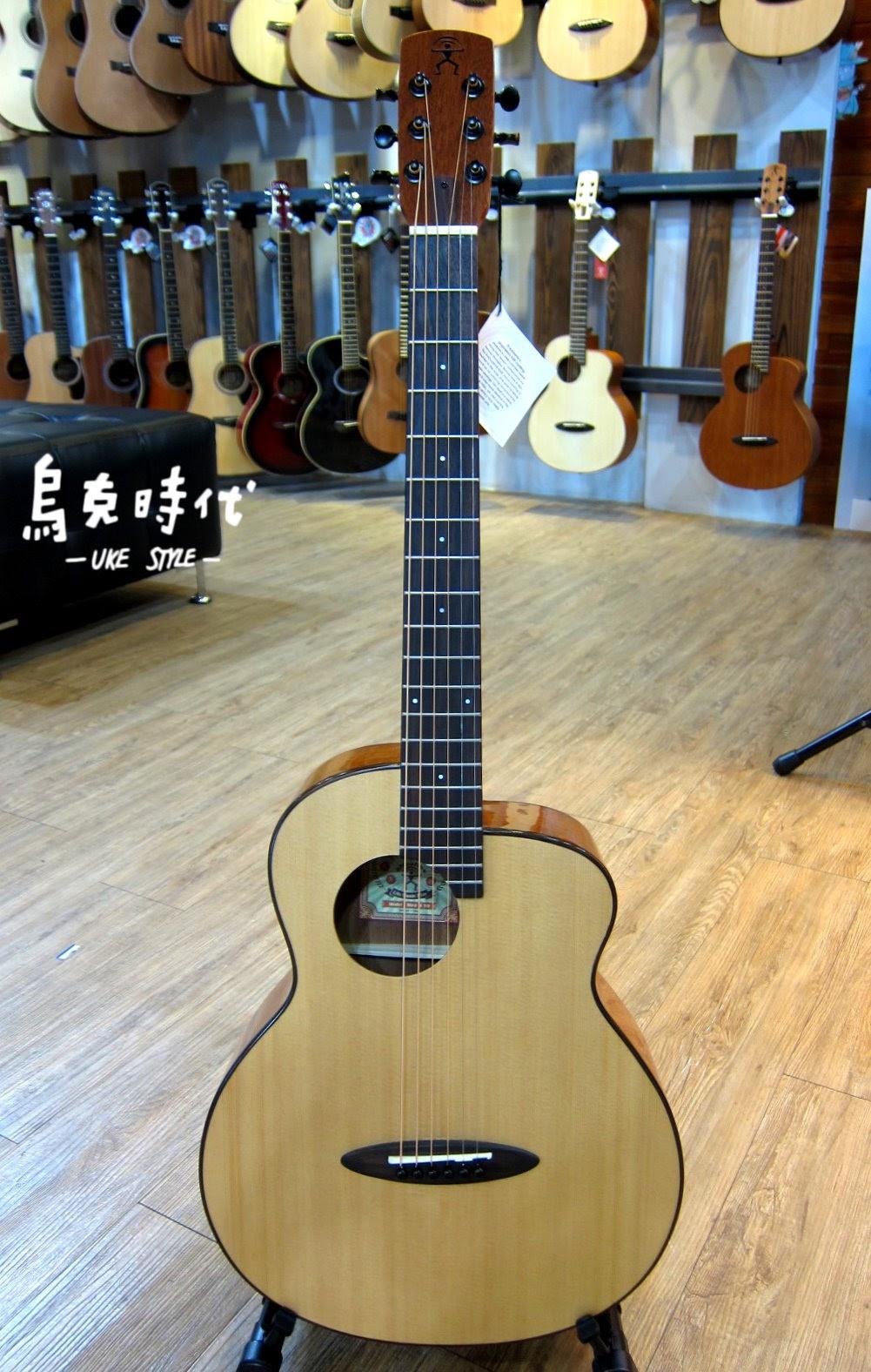 烏克時代~Anuenue鳥吉他M10E旅行吉他,搭配2017最新款雙系統拾音器