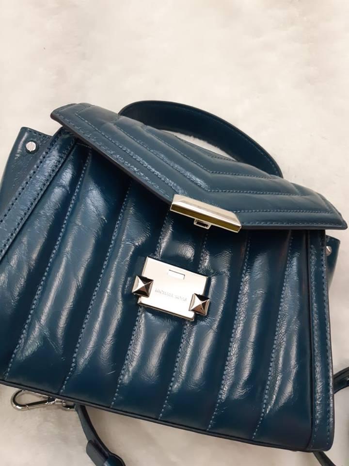 MK (專櫃款)羊皮土耳其藍蝴蝶-手提 /  肩 /  斜背包 3
