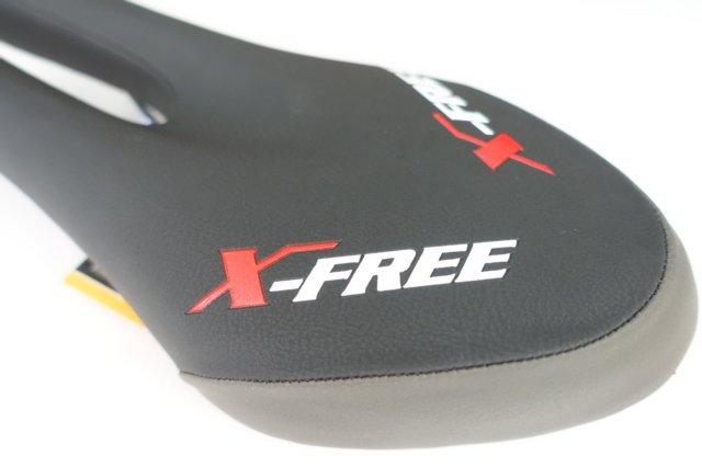 【意生】X-FREE獨特創新U造型開口坐墊 黑色座墊做墊自行車腳踏車用Selle SMP Forma Saddle U型