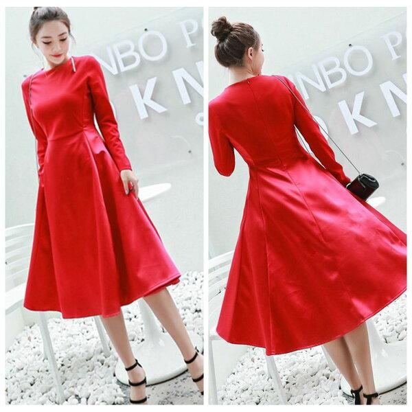 零國界:圓領純大紅色顯瘦修身長袖連衣裙