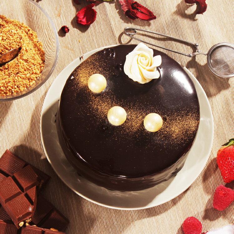 【美地瑞斯】浪漫來襲 6吋 759免運 →新鮮覆盆子熬煮成醬,與黑巧克力和蛋糕層層疊疊,一口咬下去酸酸甜甜綿綿密密,還有巧克力香濃的香味,喜歡覆盆子的酸甜與黑巧克力的融合的粉絲們千萬別錯過這顆經典的浪漫來襲~ 4