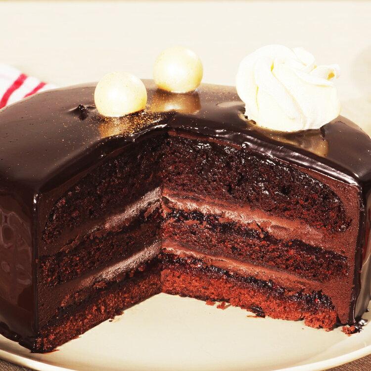 【美地瑞斯】浪漫來襲 6吋 759免運 →新鮮覆盆子熬煮成醬,與黑巧克力和蛋糕層層疊疊,一口咬下去酸酸甜甜綿綿密密,還有巧克力香濃的香味,喜歡覆盆子的酸甜與黑巧克力的融合的粉絲們千萬別錯過這顆經典的浪漫來襲~ 2