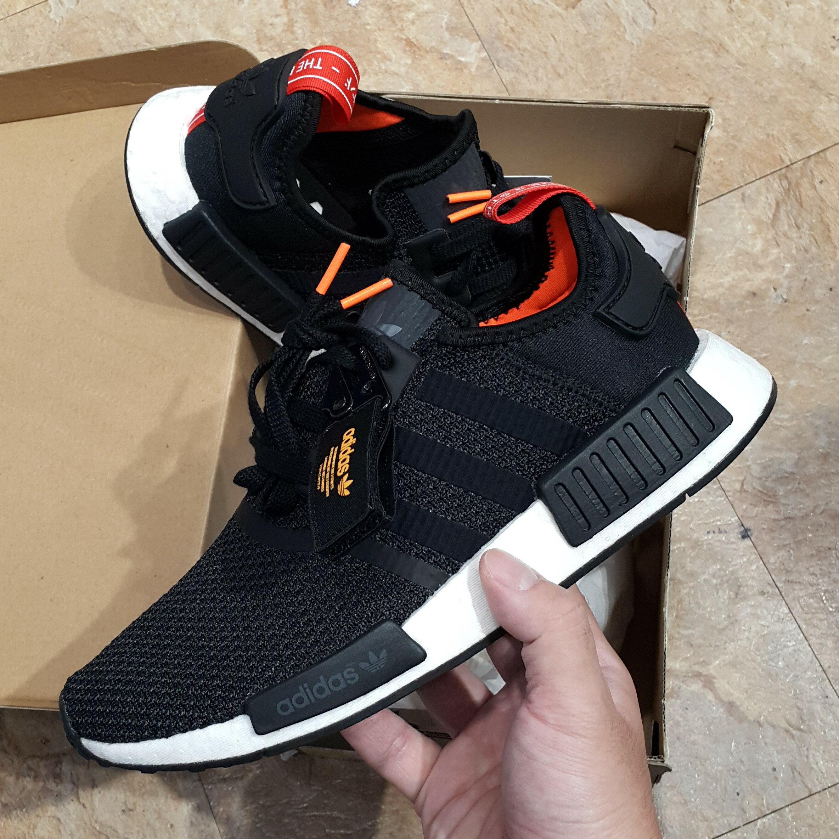 adidas NMD R1 BOOST 愛迪達 黑橘 日文 吊牌 扣環 黑色 橘色 B37621