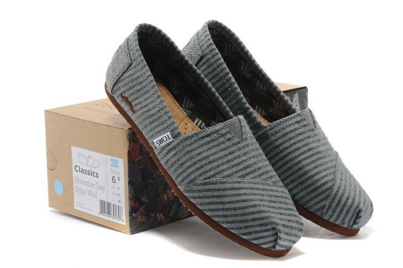 [女款] 國外代購TOMS 帆布鞋/懶人鞋/休閒鞋/至尊鞋 絨面系列  鬍子條紋 0