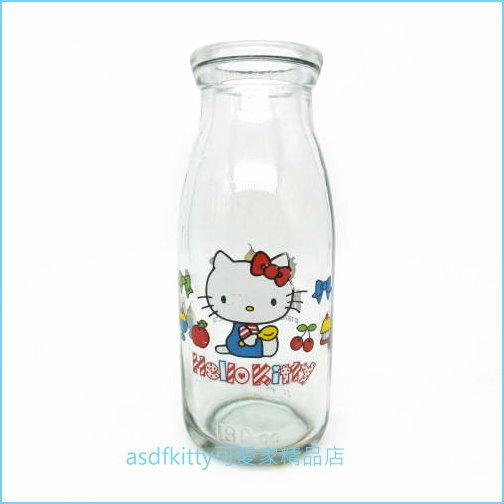asdfkitty可愛家☆KITTY蘋果玻璃牛奶瓶-當擺飾.花瓶.筆筒.都很可愛-日本正版商品