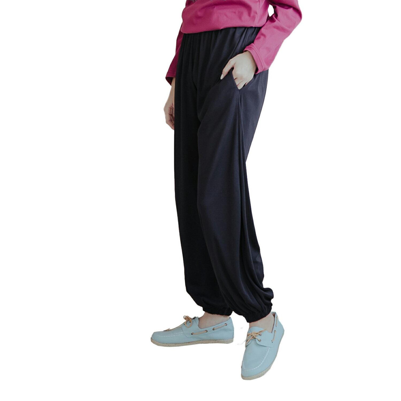 棉褲--舒適休閒寬鬆感素面鬆緊帶褲頭棉褲(黑.藍XL-4L)-P112眼圈熊中大尺碼 1
