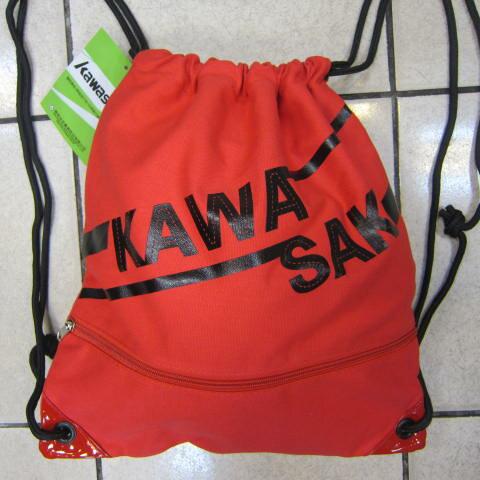 ~雪黛屋~KAWASAKI 束口後背包大容量正面背面有拉鍊外袋口可放A4資料夾防水帆布隨身包正版限量授權品KA162 紅