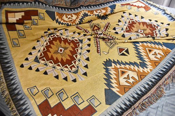 BohoChic埃及神殿異國風流蘇毯