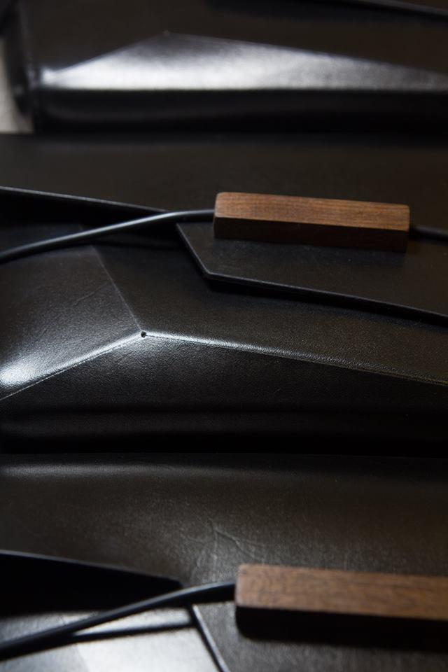 【甲蟲仙生】植鞣牛皮蟲型書冊包 手工 真皮 側背包 訂製包 手拿包 手工包 3