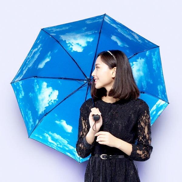 PS Mall 藍天白雲太陽傘 黑膠晴雨傘 防曬 防紫外線 遮陽傘~J2421~ ~  好