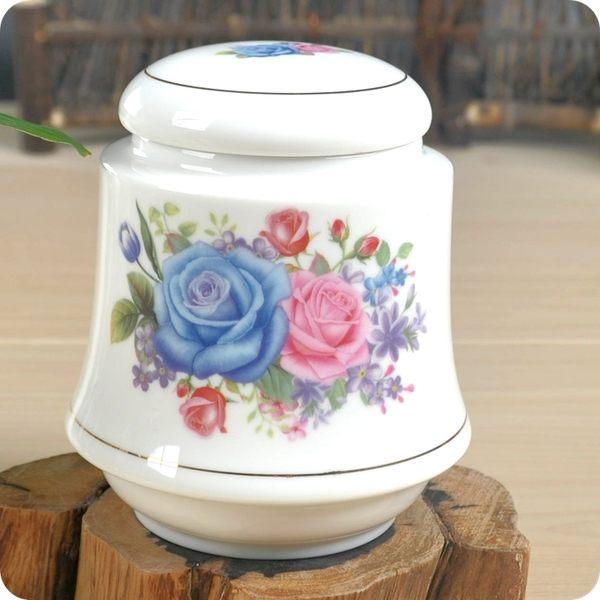 象牙白茶葉罐(百花爭艷)