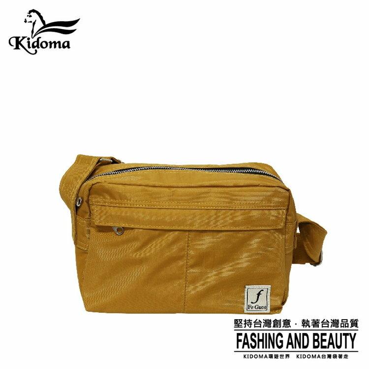 Kidoma型男雙層斜肩包系列-土黃色 Porter風 尼龍包 側背包 郵差包 FRB535