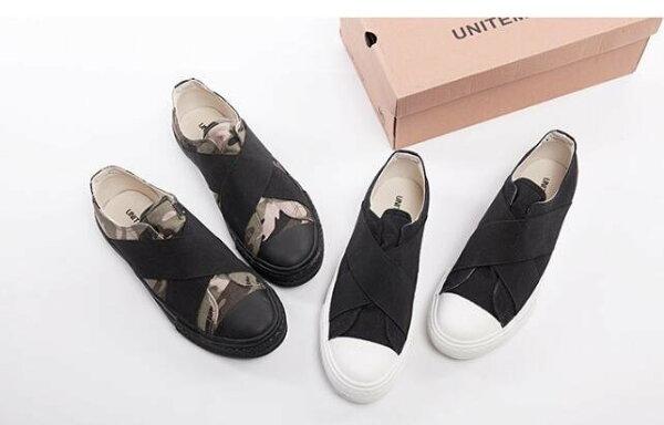 FINDSENSEMD韓國時尚休閒潮男交叉設計一腳蹬懶人鞋流行帆布鞋圓頭鞋平底鞋