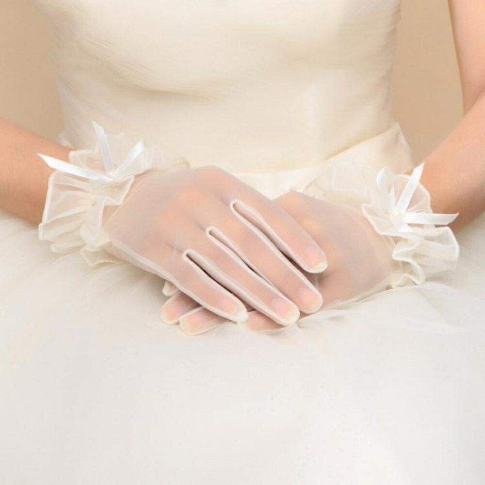 新娘手套  結婚新款婚紗春夏甜美新娘手套婚禮短款白色蕾絲結婚花朵手套 coco衣巷 2