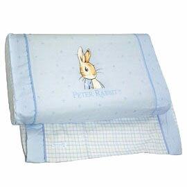 【悅兒樂婦幼用品?】奇哥 比得兔粉彩乳膠健康枕(加附1入枕套)-藍色