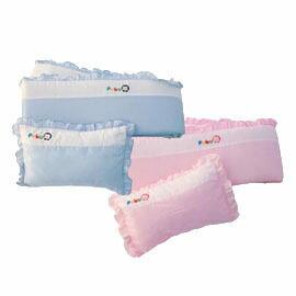Puku 藍色企鵝 嬰兒床護圍枕頭組【悅兒園婦幼生活館】