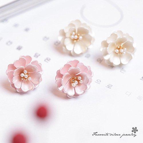 甜美珍珠花朵耳環10148【櫻桃飾品】【10148】