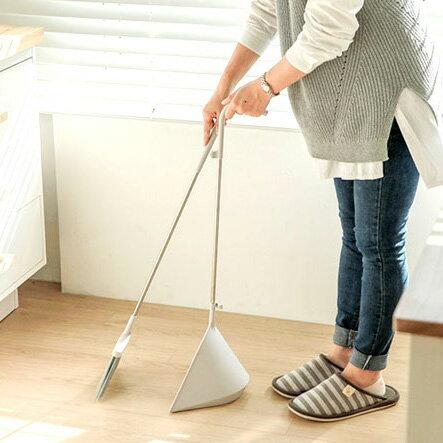 【日本TERAMOTO】tidy簡約設計掃把畚斗組-灰白色 2