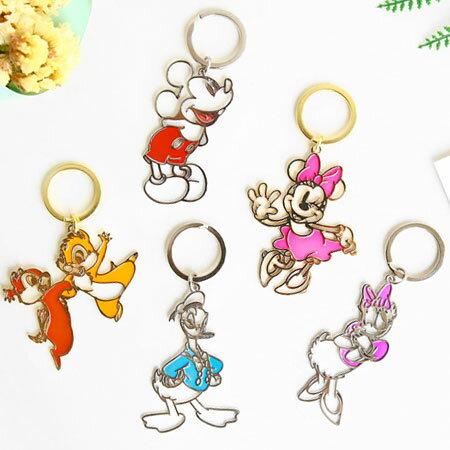 正版 日貨 迪士尼鏤空鑰匙圈 金屬 鏤空 包包 掛飾 吊飾 鑰匙圈 米奇米妮 唐老鴨 奇奇蒂蒂【N102310】