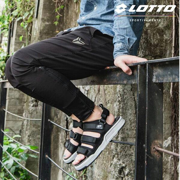 【巷子屋】義大利第一品牌-LOTTO樂得男款ROMA潮流繫帶涼鞋[6370]黑超值價$790