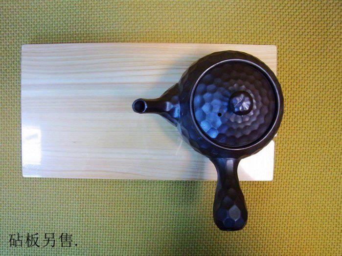 【日本陶瓷 萬古燒】槌目紫泥急須 橫把茶壺 0.45L 貴氣紫陶壺 泡茶壺 沖泡壺(福介生活館)