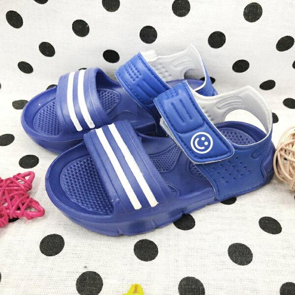 【巷子屋】童款超輕量休閒涼鞋[8804]藍超值價$80