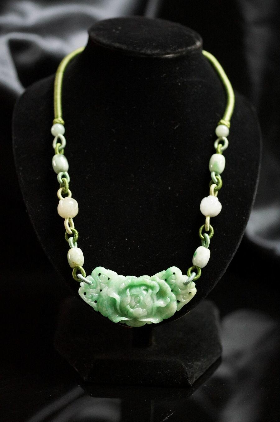 【喨喨飾品】翡翠玉 雕牡丹花 代表圓滿、富貴、吉祥 / 中國風項鍊 M311