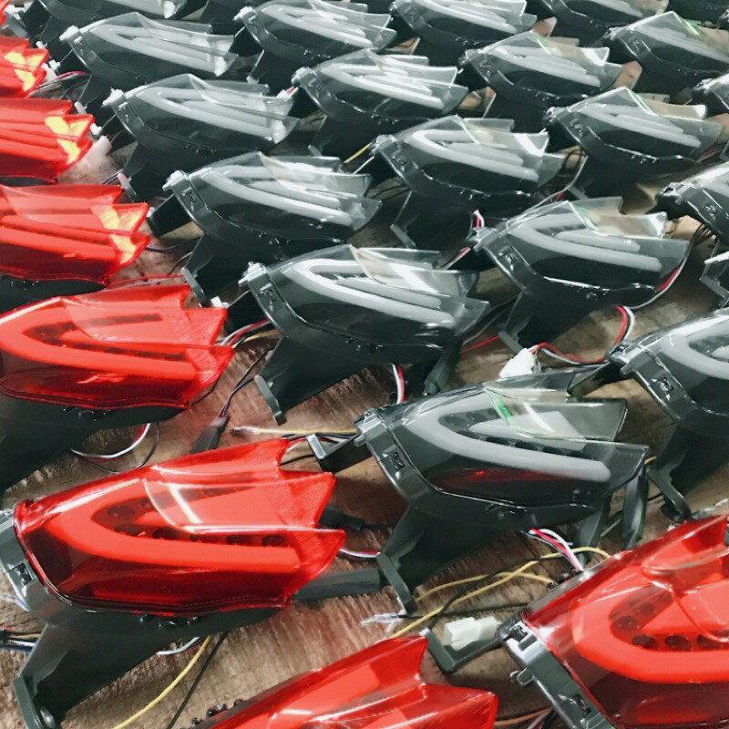 【LFM】CRAZY BOSS 類R1000 整合式尾燈 小阿魯 GSX-R150 GSX-S150 導光 LED 後燈 2