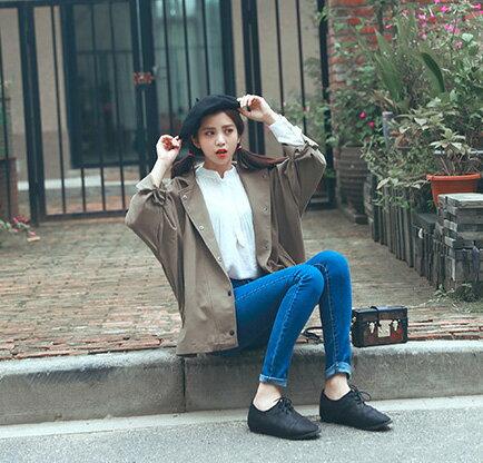 夾克 甜美純色寬鬆修身側邊開叉排釦西裝領外套 艾爾莎【TAE2590】 1