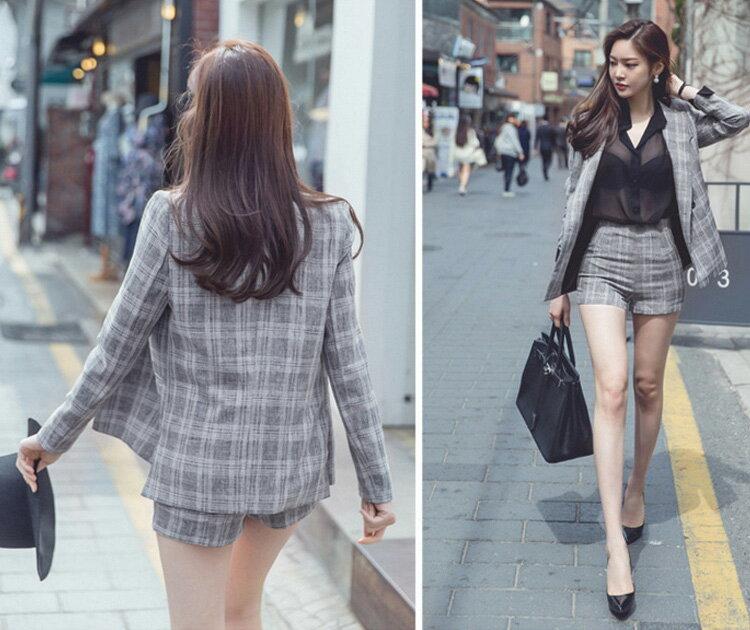 外套褲裝 格紋西裝外套+修身短褲套裝 艾爾莎【TAK6182】 2