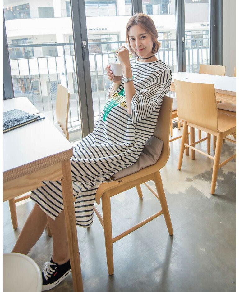 洋裝 超長款字母條紋連身裙 艾爾莎【TGT0131】 1