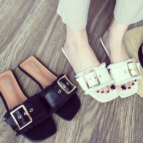 不修邊涼鞋拖鞋低跟時尚金屬釦毛邊涼鞋艾爾莎【TSB8791】