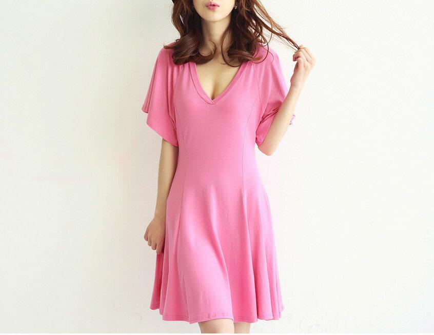 短袖洋裝*艾爾莎*性感V領荷葉蝙蝠袖收腰連衣裙【TAK2198】 2