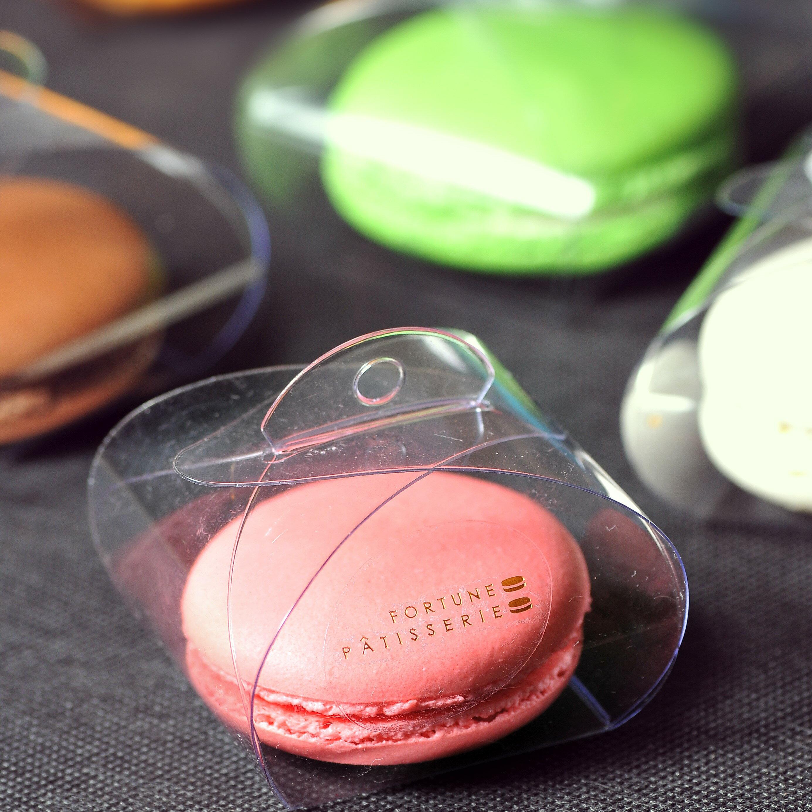 【芙甜法式甜點】馬卡龍6入禮盒:馬卡龍內餡多一倍!糖度減半美味不變,芙甜嘉昌主廚獨家比例,讓法式點心更符合台灣人口味。