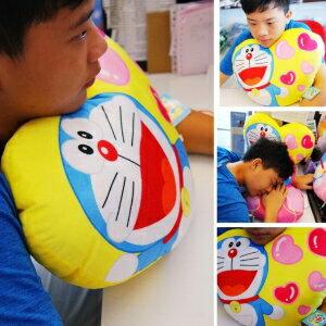 美麗大街【105080324】哆啦a夢 小叮噹 圓扁造型午睡枕抱枕(12吋)