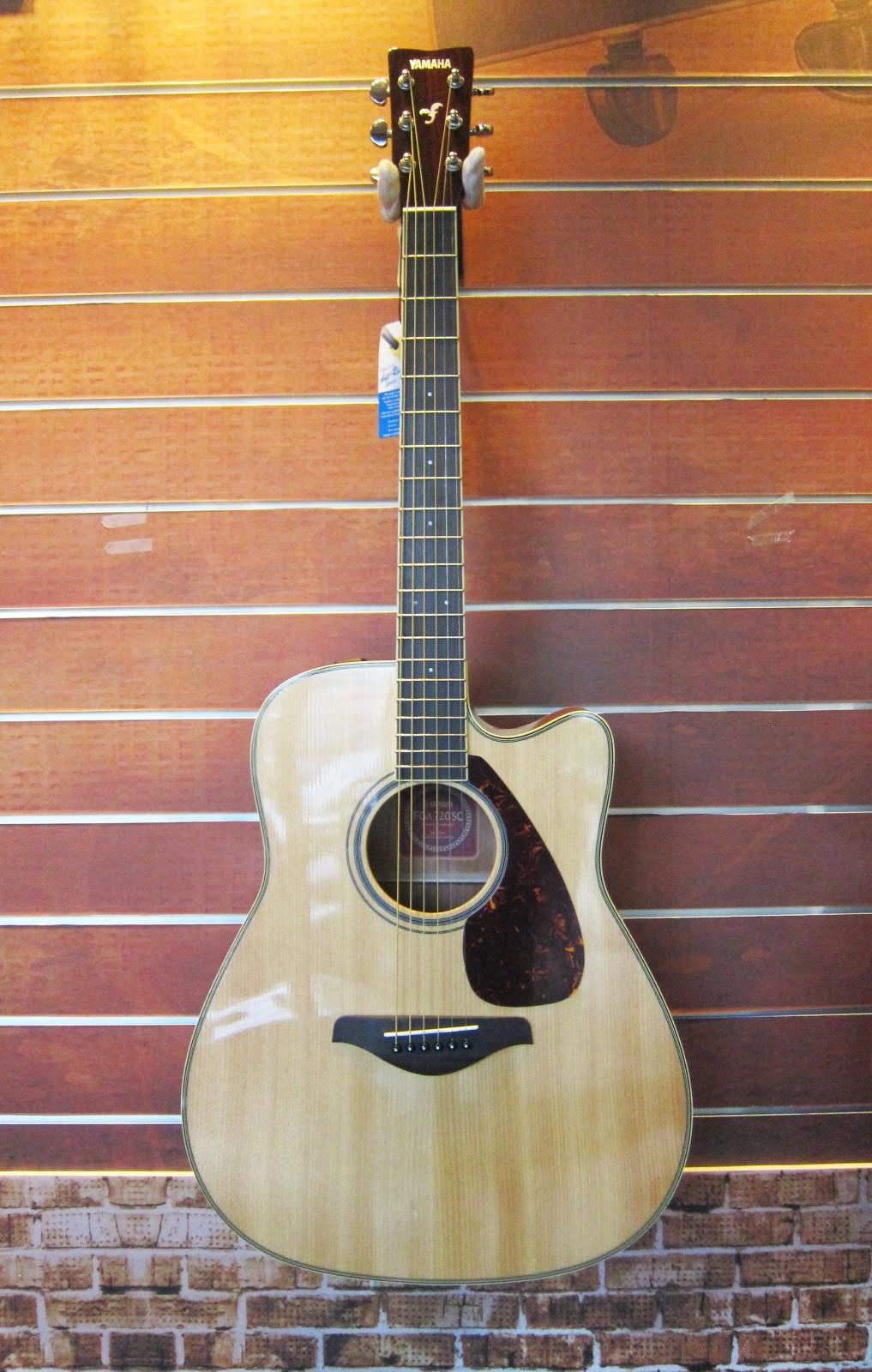 烏克時代~Yamaha FGX720SCII 聲音優異的電木吉他