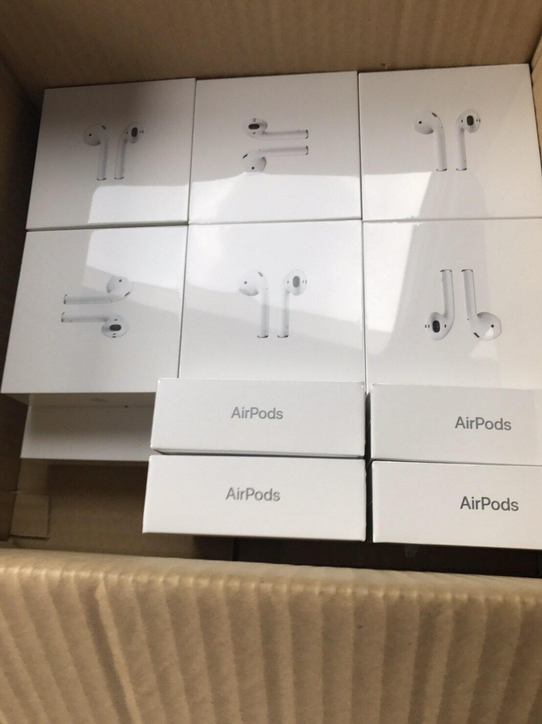 Apple AirPods((2))-(有線充電盒版)-(無線充電盒版)-台灣公司貨蘋果藍牙耳機(((現貨)))24小時快速到貨-免運費