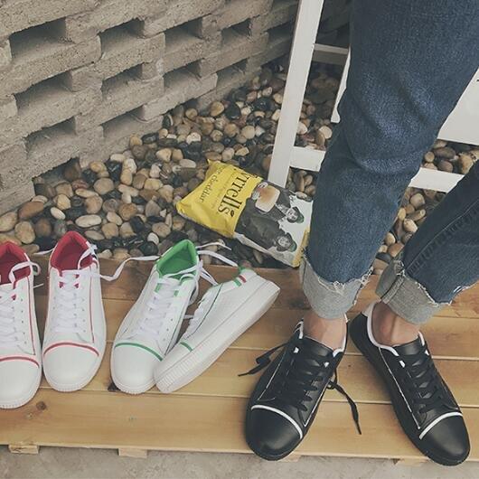 FINDSENSEMD日系流行時尚潮男洞洞透氣小白鞋休閒鞋運動鞋板鞋皮鞋