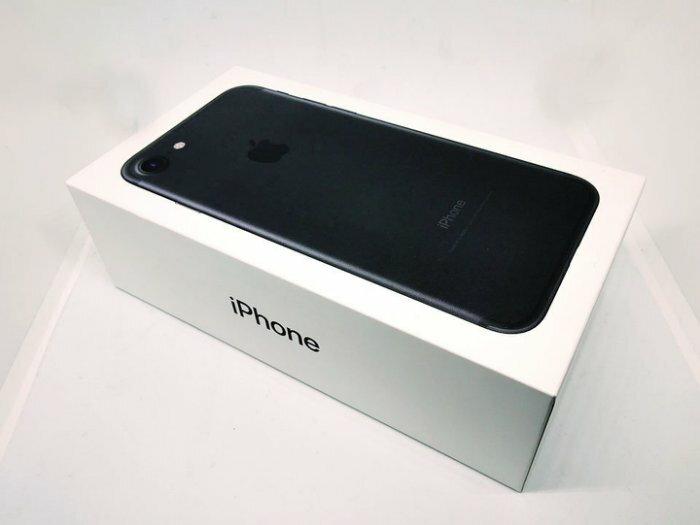 【創宇通訊】iPhone 7 A1778 32G 霧面黑【福利品】