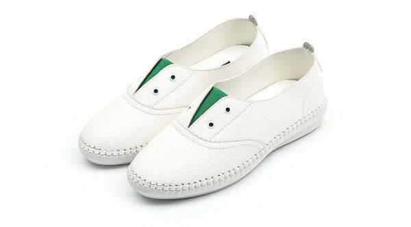 Pyf♥V字撞色開口笑懶人鞋圓頭真皮柔軟小白鞋樂福平底鞋白色休閒鞋44大尺碼女鞋
