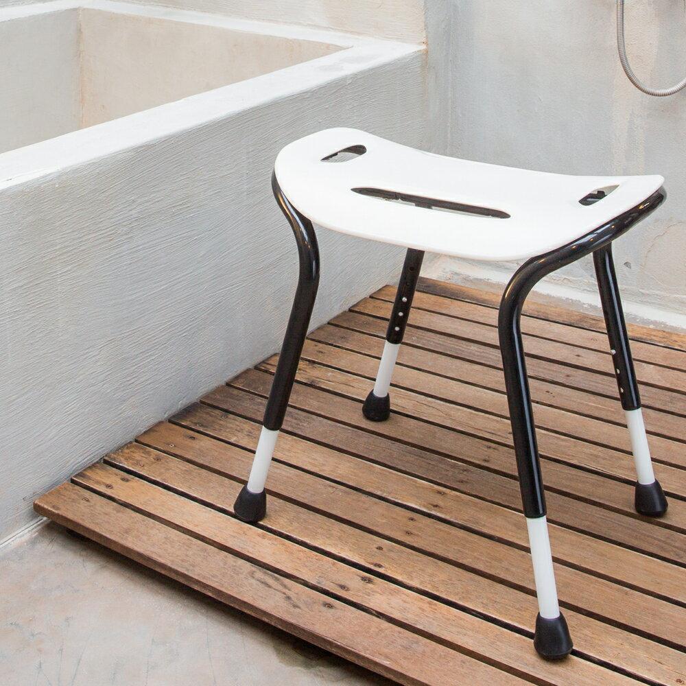 【樂活動】白皙吟寬座雙扶手洗澡椅 1