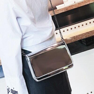 肩背包手拿鍊條包-鏡面漆皮方型斜背女包包2色73fc380【獨家進口】【米蘭精品】
