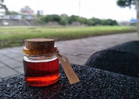 紅棕油分裝 皂用 手工皂 基礎原料 添加物 請勿食用(100ml、500ml、1L)