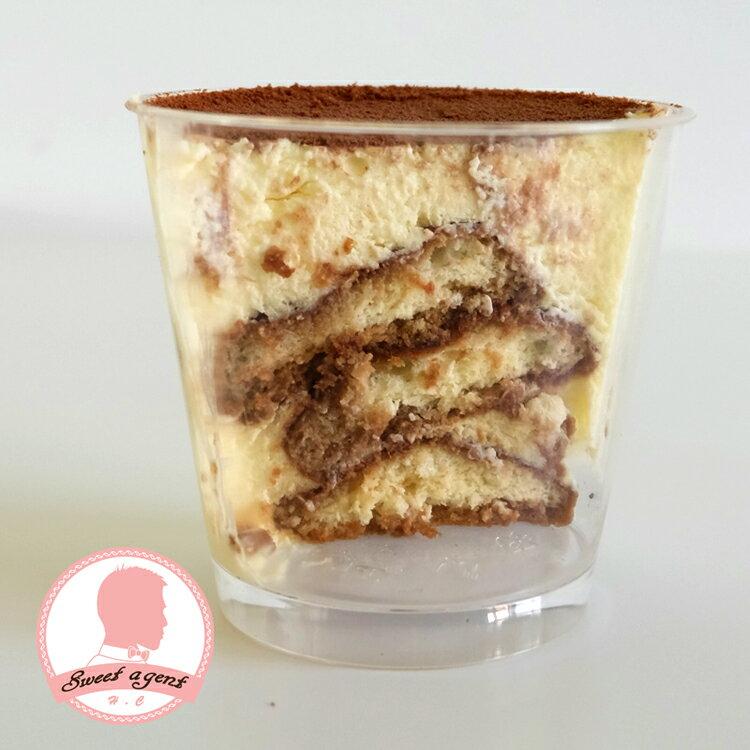 [ 草莓巧克力戚風蛋糕 & 提拉米蘇杯  ] 免運組合【甜點特務】新鮮草莓 + 鬆軟戚風蛋糕 + 鮮奶油 + 卡士達 + Mascarpone起士慕斯 + 咖啡酒糖液 + 手指餅乾 5